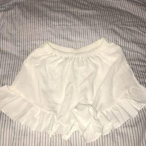 Pants - RUFFLED SHORTS — SIZE SMALL
